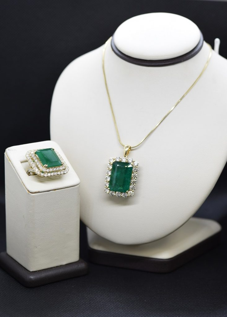 Emeralds St Thomas