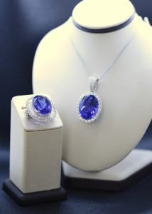 Tanzanite-necklace-ring-1