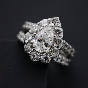 Busing Diamonds in St Thomas